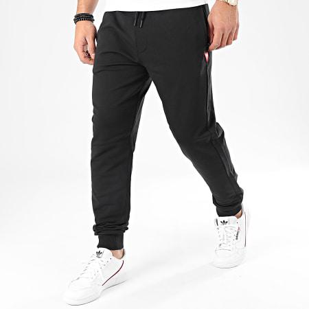Guess - Pantalon Jogging M01B37-K6ZS0 Noir