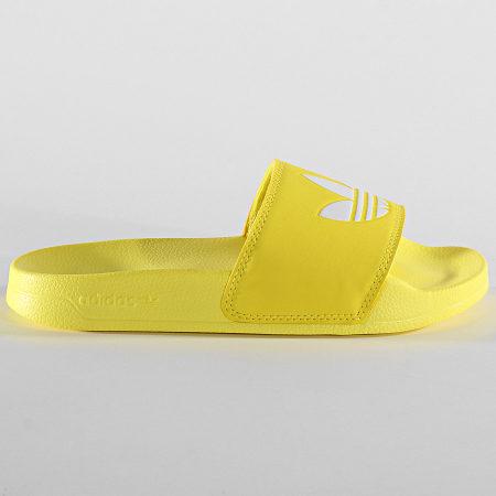 adidas - Claquettes Femme Adilette Lite FU9140 Jaune ...