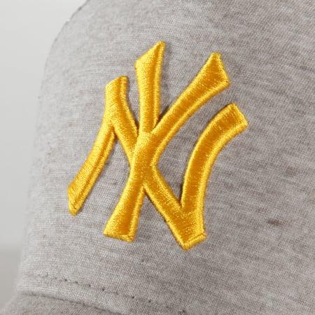 New Era - Casquette Trucker Jersey Essential 12285422 New York Yankees Gris Chiné