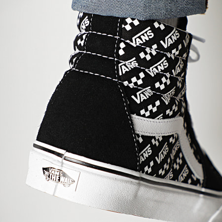 Vans - Baskets Sk8-Hi Logo Repeat U3CTEZ Black True White ...