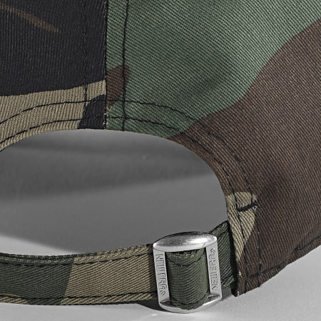 New Era - Casquette Camouflage 9Forty New York Yankees Essential 940 12381202 Vert Kaki