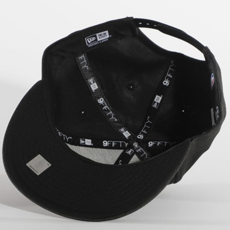 New Era - Casquette Snapback Shadow Tech 12380818 Chicago Bulls Noir