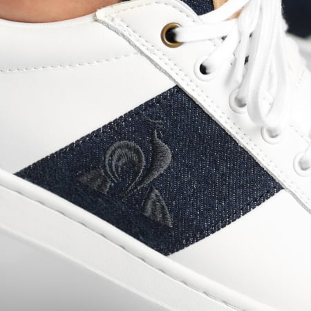 Le Coq Sportif - Baskets CourtClassic Strap Denim 2021189 Optical White Blue Denim