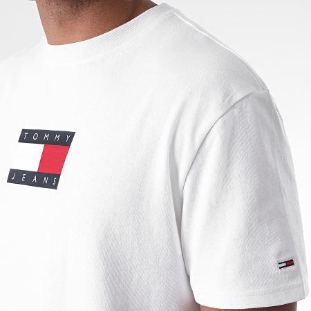 Tommy Jeans - Tee Shirt Small Flag 8351 Blanc Cassé