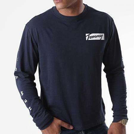 Tommy Jeans - Tee Shirt Manches Longues Script Box 8670 Bleu Marine
