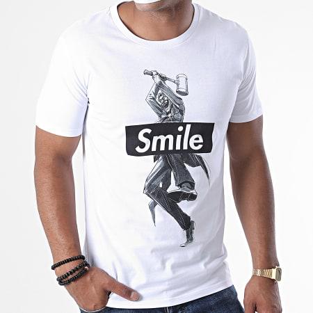 Batman - Tee Shirt Joker Smile Blanc