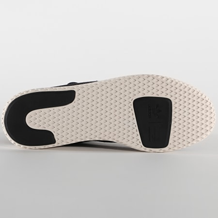 adidas - Baskets Pharrell Williams Tennis Hu AQ1056 Core Black Cloud White