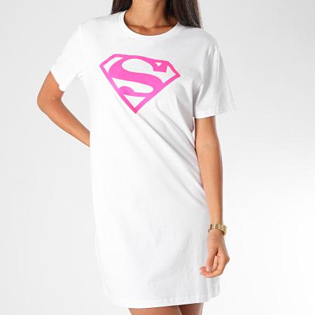 Superman - Tee Shirt Robe Femme Logo Superman Blanc Rose Fluo