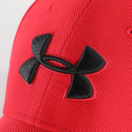 Under Armour - Casquette Fitted 1305036 Rouge