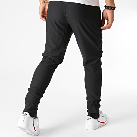 Under Armour - Pantalon Jogging 1313201 Noir