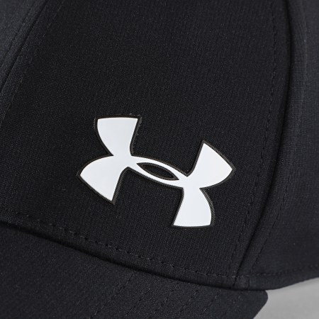 Under Armour - Casquette Fitted 1328669 Noir