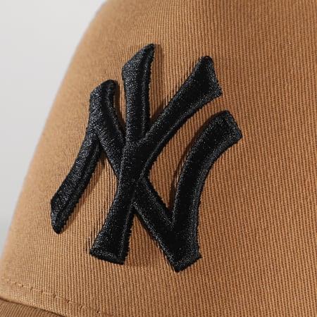 New Era - Casquette Trucker Essential AF New York Yankees 12589246 Camel Noir