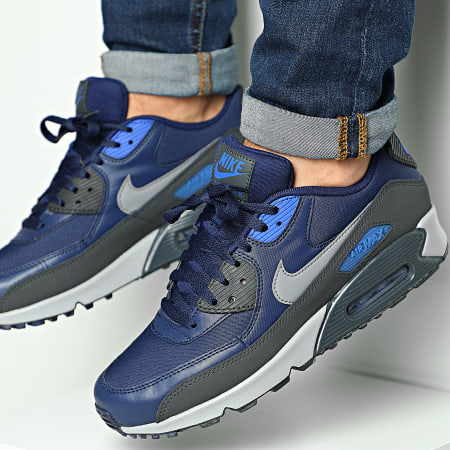 Nike - Baskets Air Max 90 Essential 537384 Binary Blue Cool Grey ...