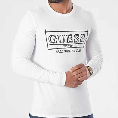 Guess - Tee Shirt M0BI98-J1300 Blanc