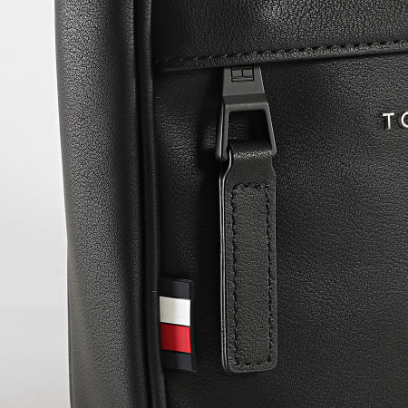 Tommy Hilfiger - Sacoche Elevated PU Mini Crossover 6704 Noir