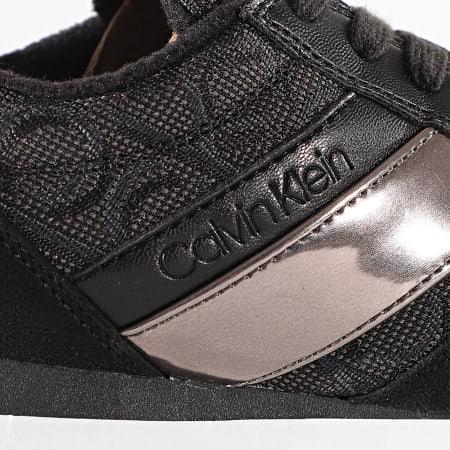 Calvin Klein - Baskets Femme Tea Low Top Lace Up B4E00445 Black Gunmetal