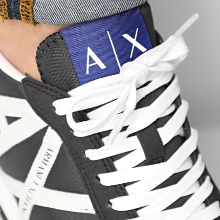 Armani Exchange - Baskets XUX017 XCC68 Navy Optical White