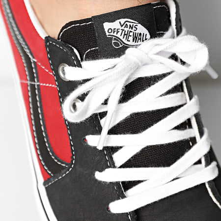 Vans - Baskets Sk8-Low 4UUK2S11 Black Chili Pepper