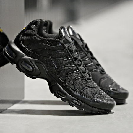 Nike - Baskets Air Max Plus 604133 Black