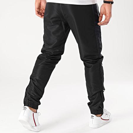 Sergio Tacchini - Pantalon Jogging A Bandes Alabama 39020 Noir Bleu Marine