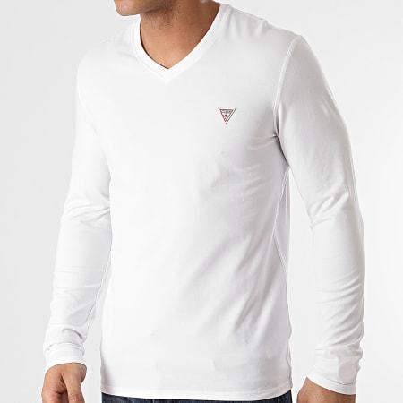 Guess - Tee Shirt Manches Longues Col V M1RI08-J1311 Blanc