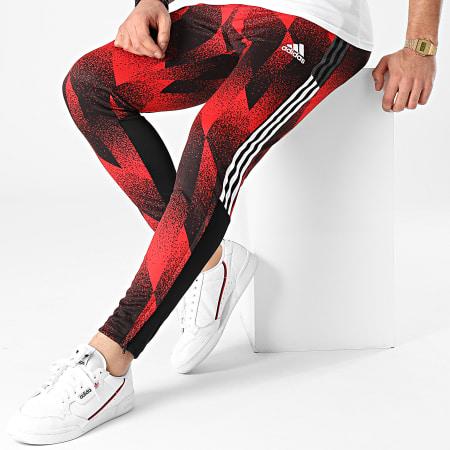 adidas - Pantalon Jogging A Bandes FC Bayern AOP GK8624 Rouge Noir