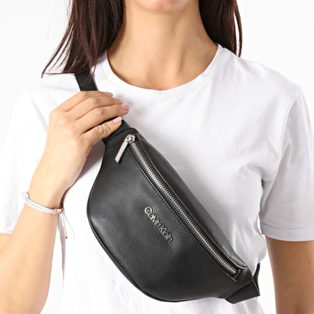 Calvin Klein - Sac Banane Femme Waistbag 8064 Noir