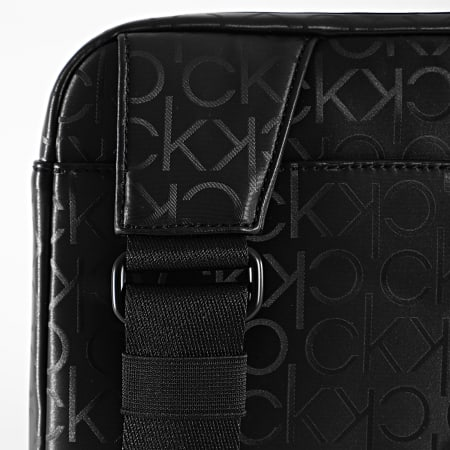 Calvin Klein - Sacoche Flat Pack 6704 Noir
