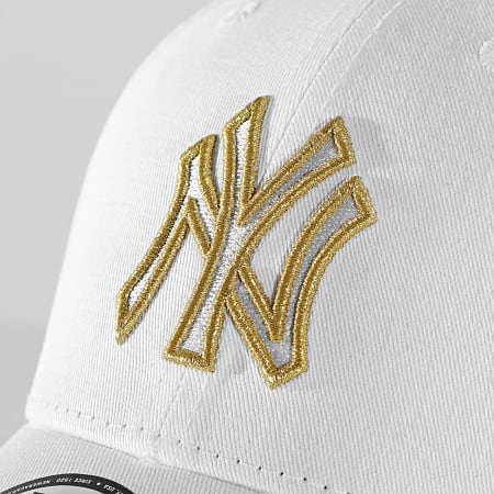 New Era - Casquette 9Forty Metallic Logo 60112673 New York Yankees Blanc Doré