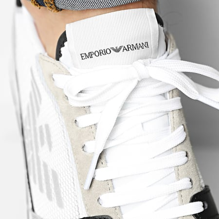 Emporio Armani - Baskets X4X537-XM678 Plaster Black Off White