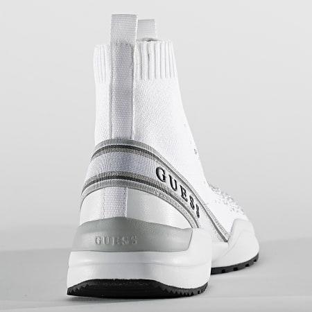 Guess - Baskets Montantes Femme FL5BAMFAB12 White Silver