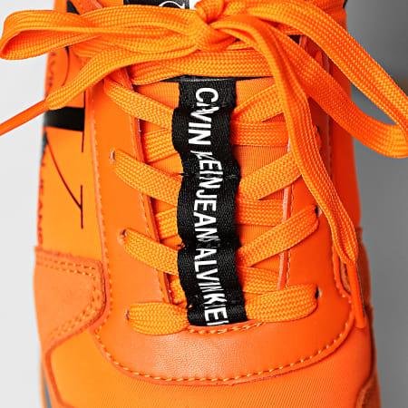Calvin Klein - Baskets Runner Sock Laceup 0040 Vivid Orange
