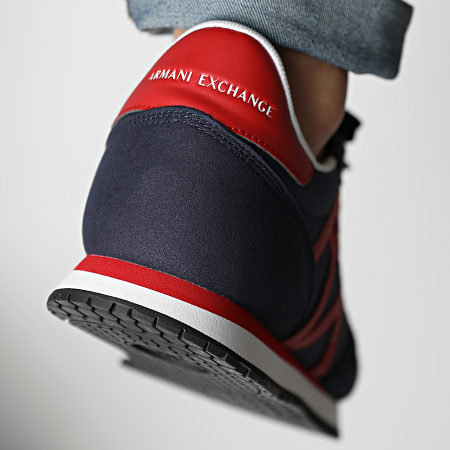 Armani Exchange - Baskets XUX017 XCC68 Indigo Red