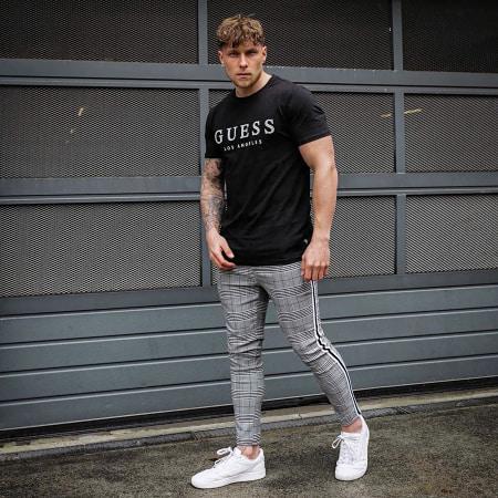 Guess - Tee Shirt M01I54J1300 Noir
