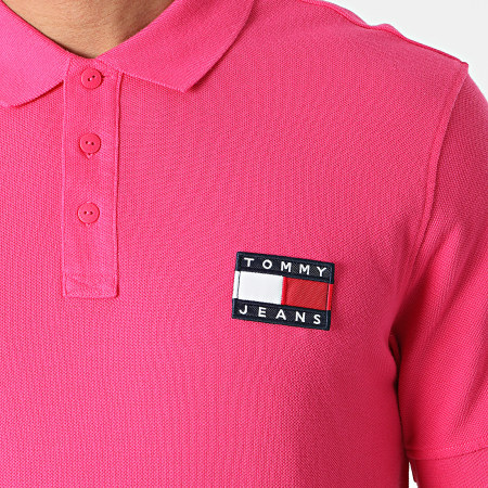 Tommy Jeans - Polo Manches Courtes Tommy Badge 0327 Rose Fuschia