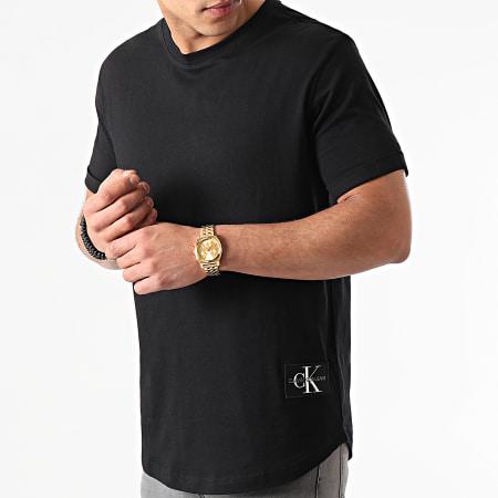 Calvin Klein Jeans - Tee Shirt Badge Turn Up Sleeve Noir