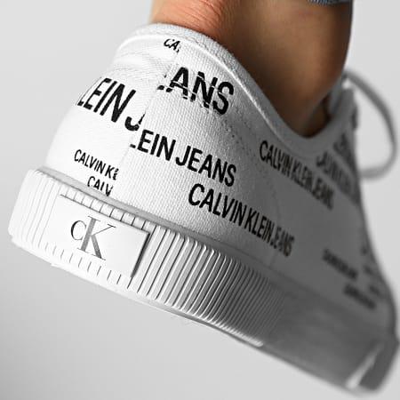 Calvin Klein Jeans - Baskets Vulcanized Sneaker Lace Up AOP 0077 White