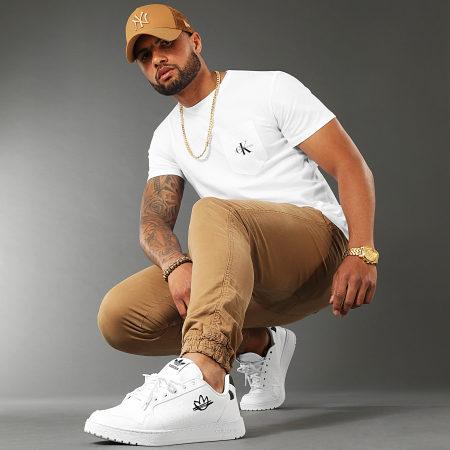 Calvin Klein Jeans - Tee Shirt Poche Monogram 7294 Blanc