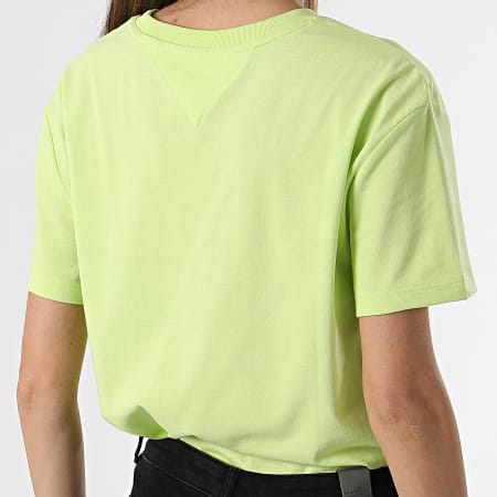 Tommy Jeans - Tee Shirt Femme Tommy Badge 6813 Vert Anis
