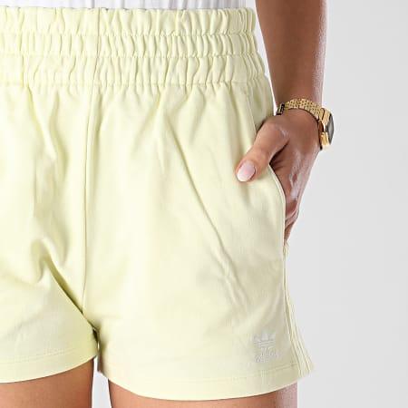 adidas - Short Jogging Femme A Bandes H56439 Jaune