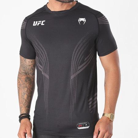 Venum - Tee Shirt UFC Authentic Fight Night 00006 Noir