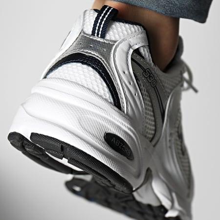 New Balance - Baskets Running 530 MR530SG White Silver
