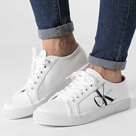 Calvin Klein Jeans - Baskets Femme Vulcanized Sneaker Lace Up 0402 Bright White