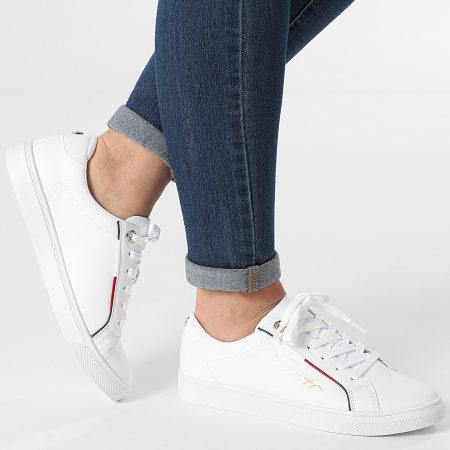 Tommy Hilfiger - Baskets Femme Signature Sneaker 5910 White