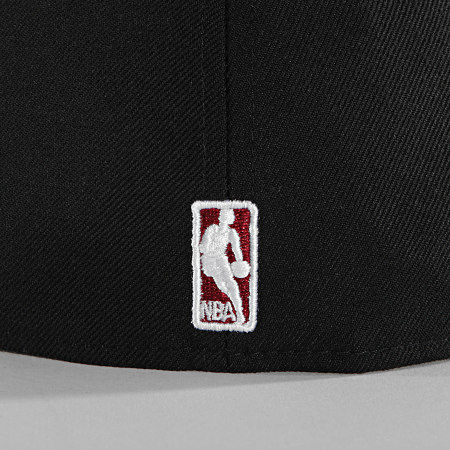 New Era - Casquette Fitted 59Fifty NBA Basic 10861622 Miami Heat Noir Rouge