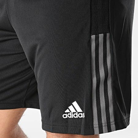 adidas - Short Jogging A Bandes GR2962 Noir