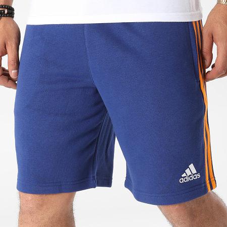 adidas - Short Jogging A Bandes Real Madrid 3 Stripes GR4244 Bleu Marine