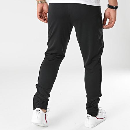 Under Armour - Pantalon Jogging 1366203 Noir