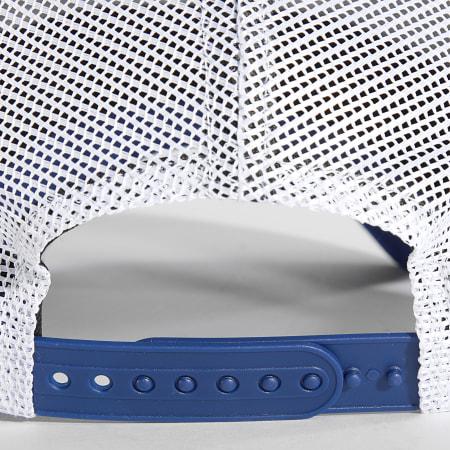 New Era - Casquette Trucker Ecusson 60143379 Chelsea FC Bleu Roi Blanc