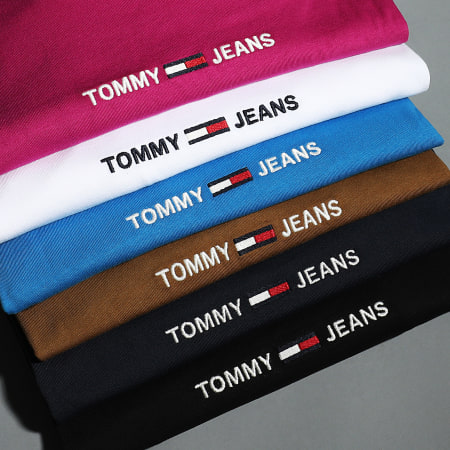 Tommy Jeans - Tee Shirt Small Text 9701 Marron